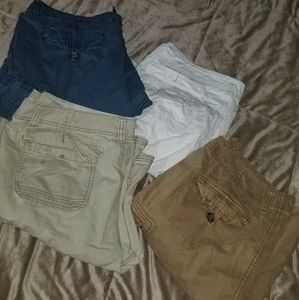 4 pair of mens cargo shorts